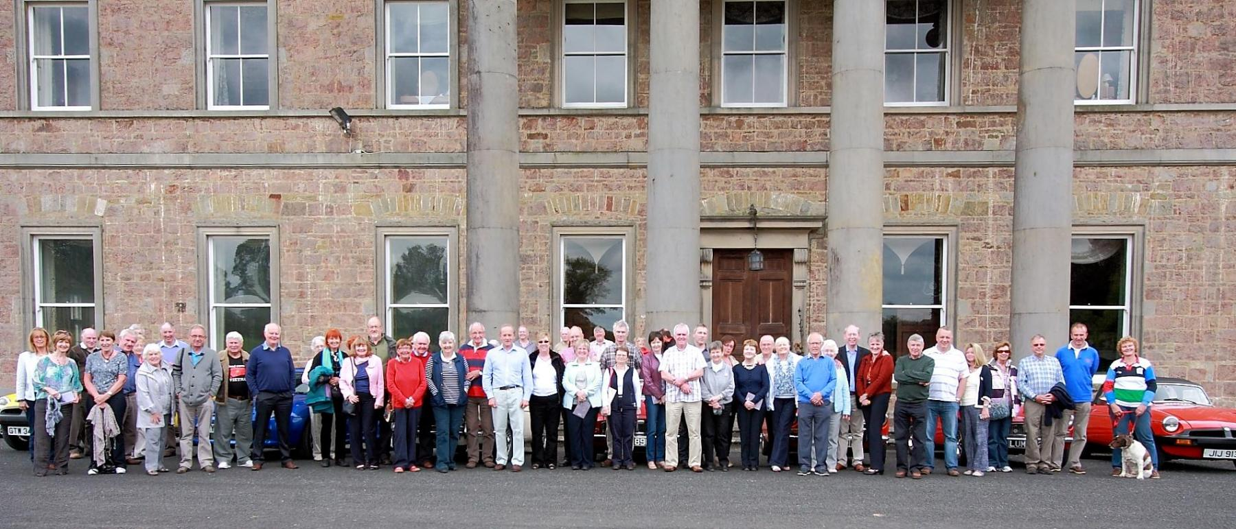 Members-at-Colebrooke-house-during-the-Omagh-Run-pf-5