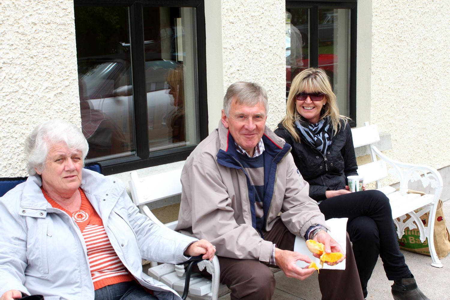 Members-enjoying-a-snack-during-the-Omagh-Run-pf-3
