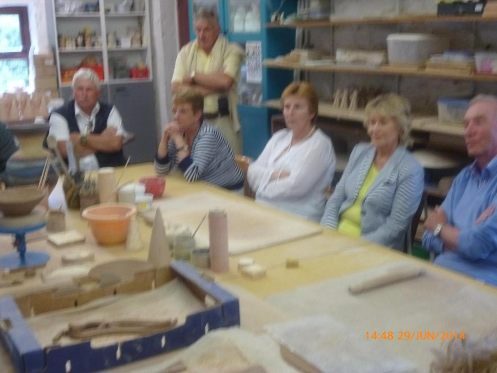 Members-enjoying-the-day-out-at-the-pottery-on-the-Omagh-Run-AR