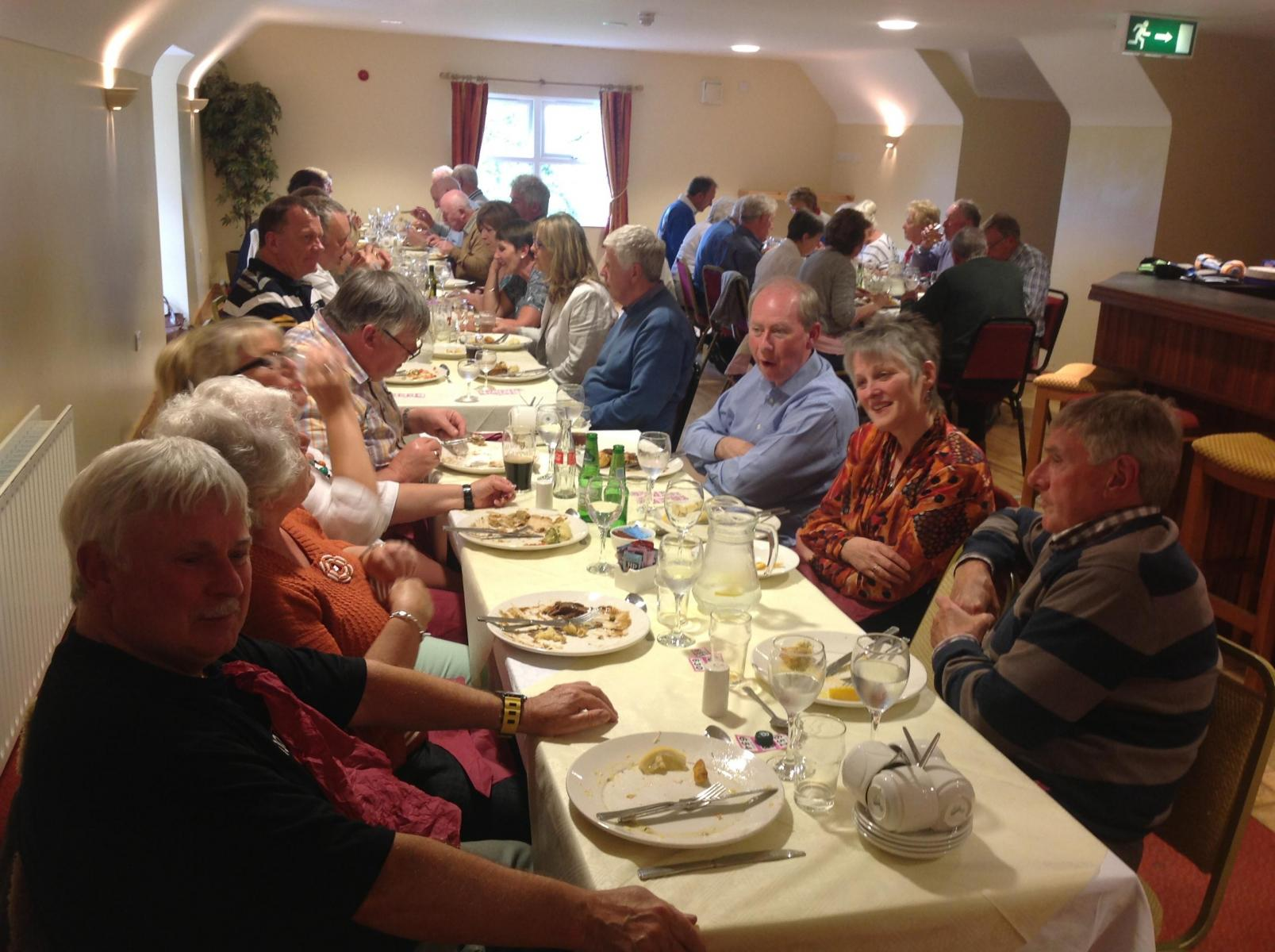 Members-enjoying-the-meal-on-the-Omagh-Run-2014-db